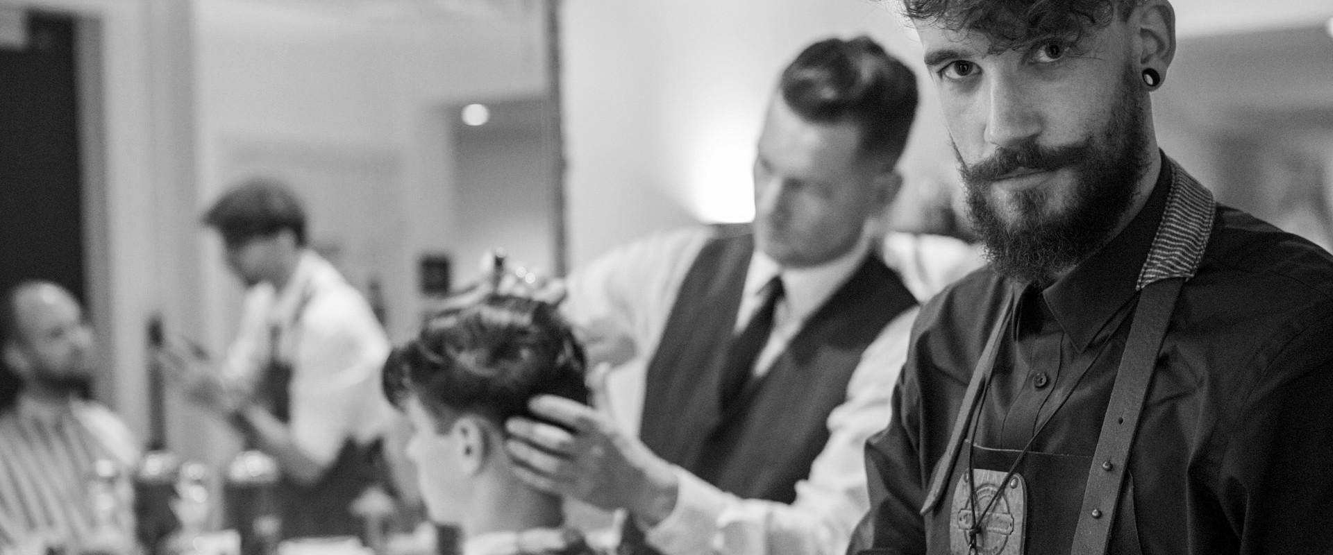 cutout-valentino-s-barbershop_20